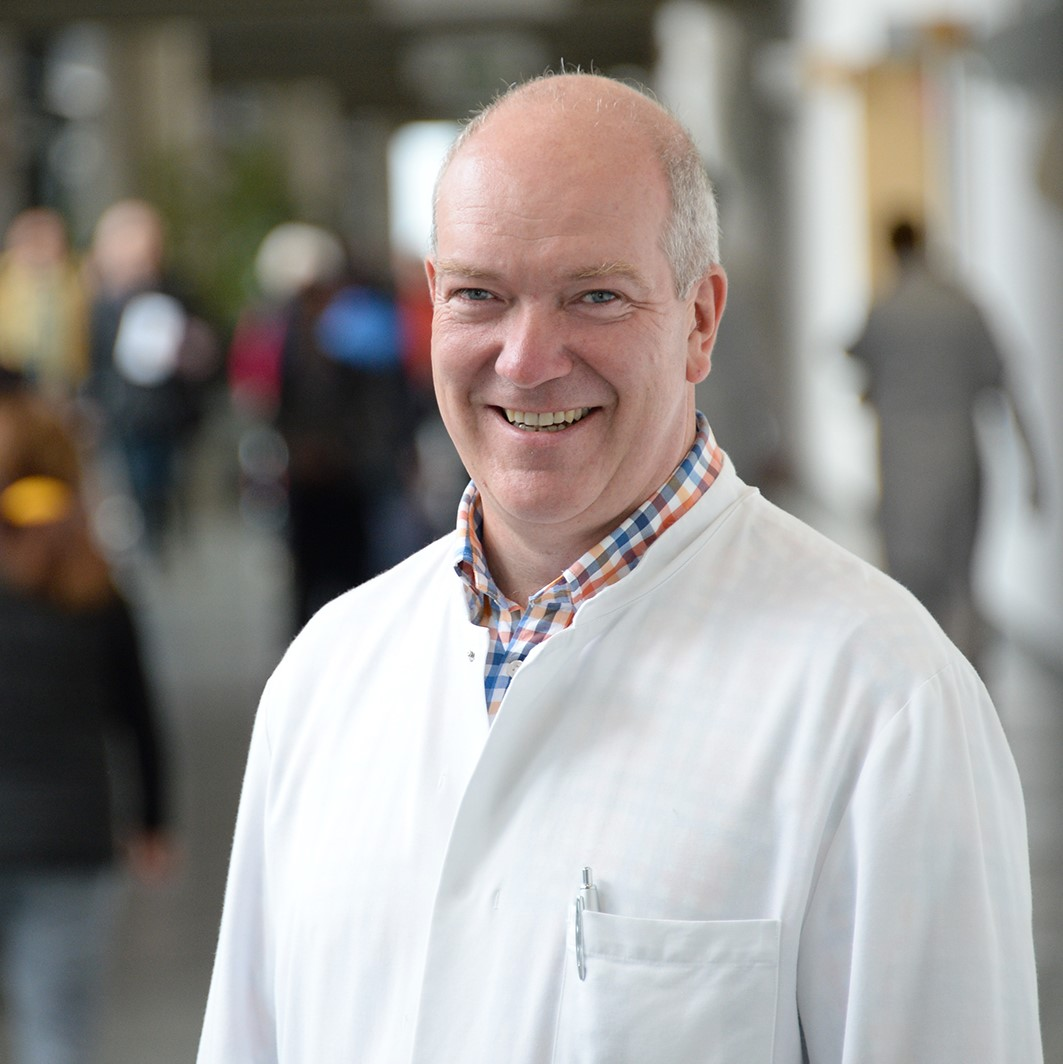 Portrait Prof. Dr. F.-J. Schmitz